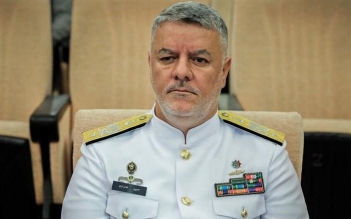 دریادار خانزادی: تکاوران دریایی را دست بلند فرمانده در عرصه دفاع هستند